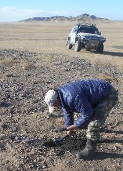 Field work underway in the vast South Gobi desert and Permian coal outcrops within the Nomgon IX PSC.
