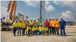 Metix and AME (sub-contractor) teams celebrating the milestone