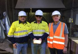 Horizon Board with the first gold from the Boorara gold mine