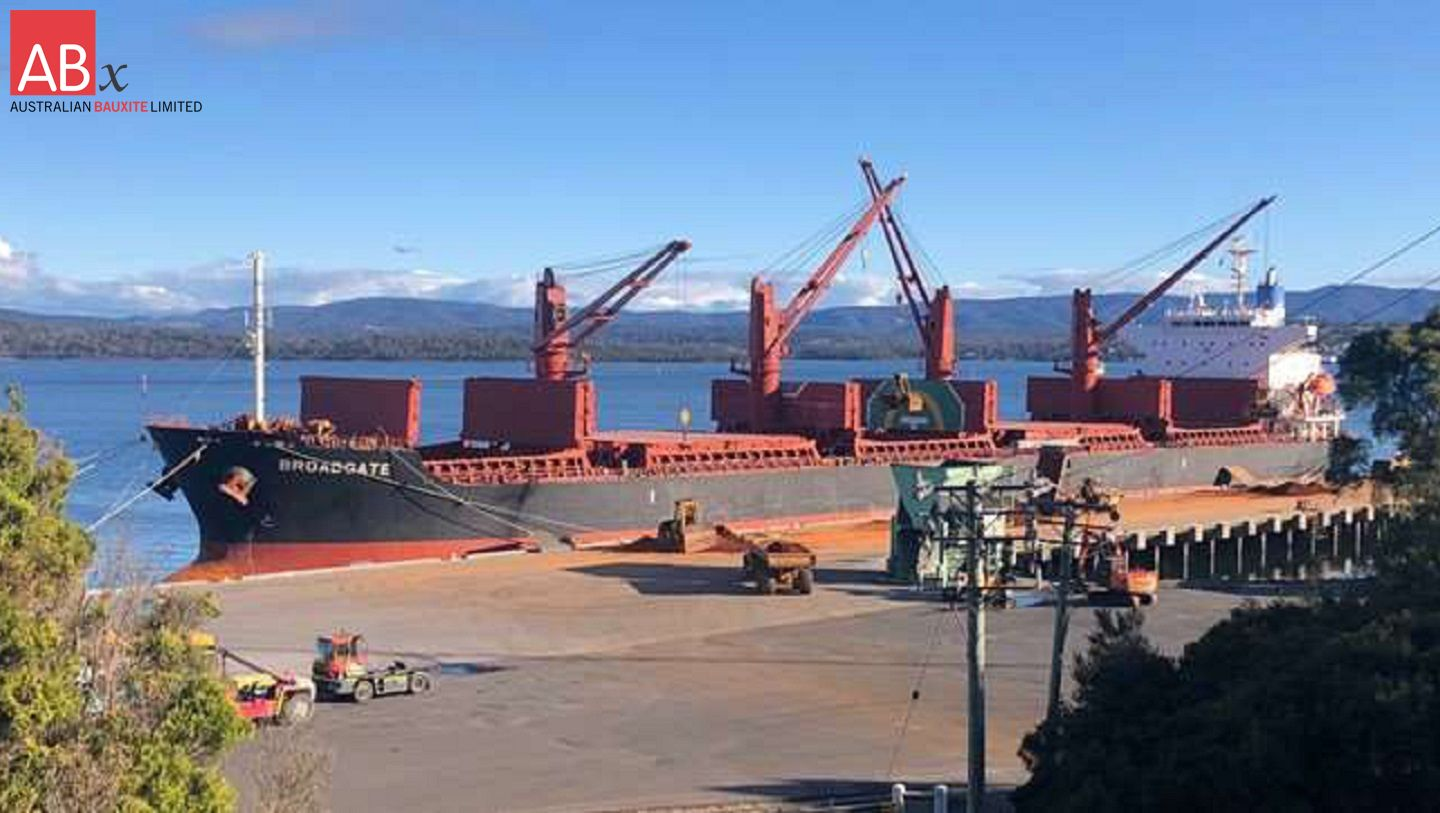 33,400 tonne Bauxite Shipment Despatched from Bell Bay Port, Tasmania